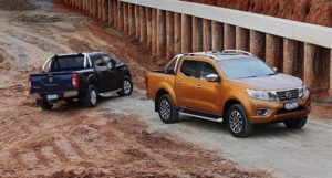 2020 Nissan Frontier Pictures