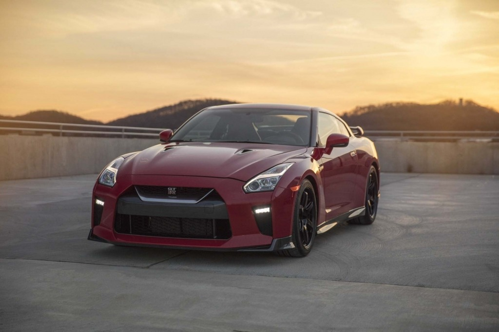2020 Nissan GTR Track Edition Images